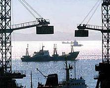 Грузооборот морских портов России за 10 месяцев 2013 года вырос на 3,7% - до 488,7 млн тонн