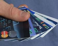 """Visa и MasterCard согласовали со """"Сбербанком"""" решение о возобновлении операций по картам банков-партнеров """"Мастер-Банка"""""""