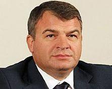 В отношении экс-минобороны Анатолия Сердюкова возбуждено уголовное дело по статье о халатности
