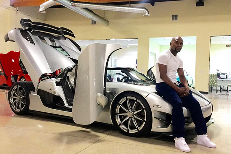 And long before mayweather decided to go all white with his line up he had a number of other lavish whips!