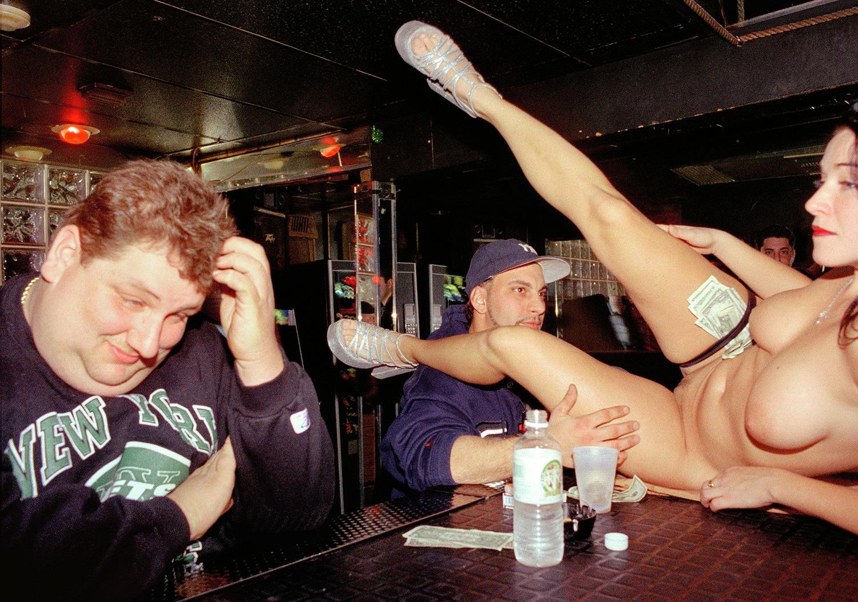 Ржач над голыми, Порно приколы. Смешное порно видео 18 19 фотография